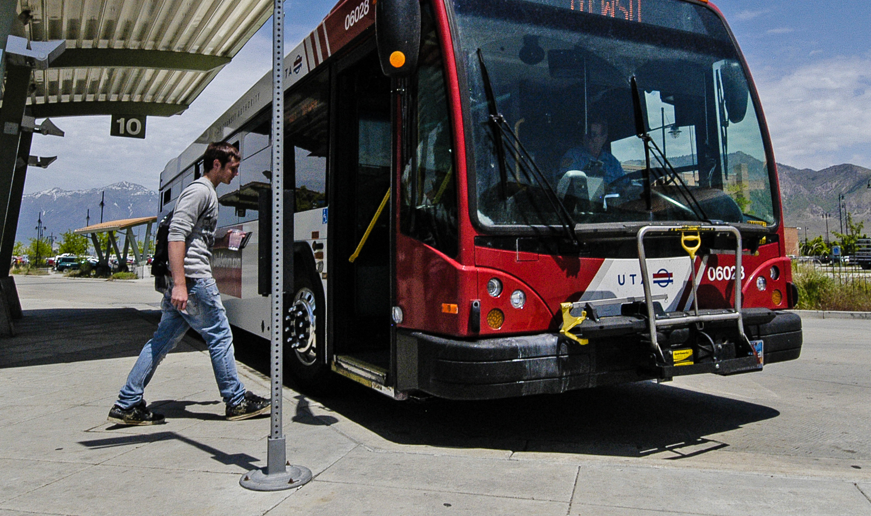 Is a UTA Bus Operator Job Right For You?